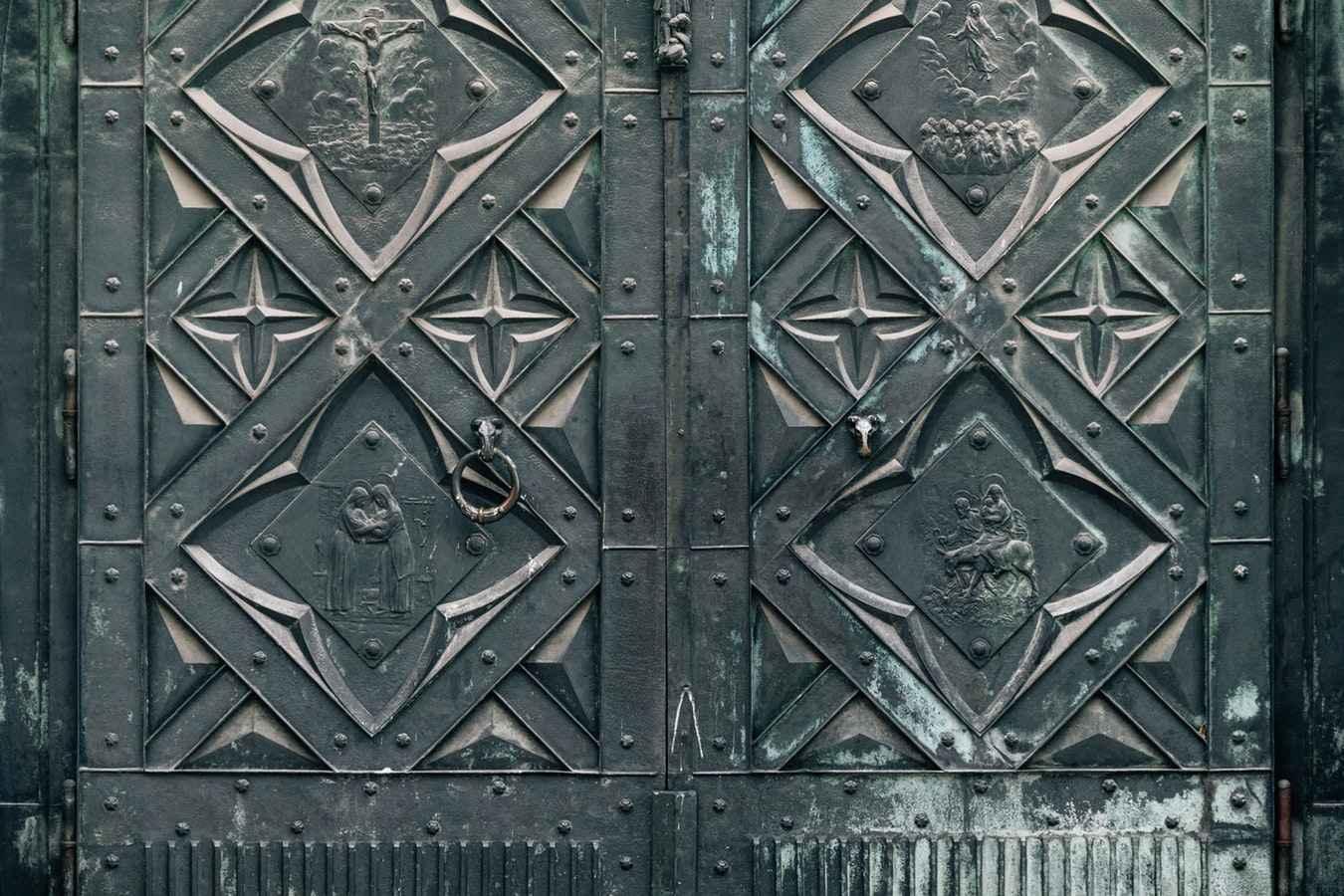 Фото кованных ворот, калиток для дома и дачи