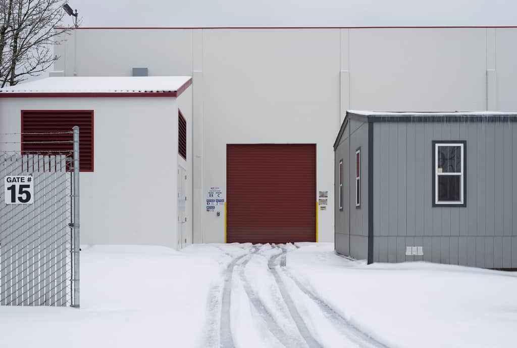 Промышленные ворота подвесного типа