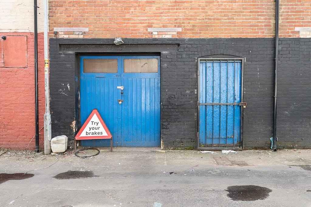 Ворота с дверью