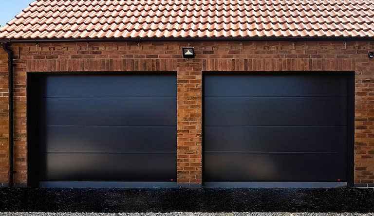 Ворота гаражные подъемные, секционные