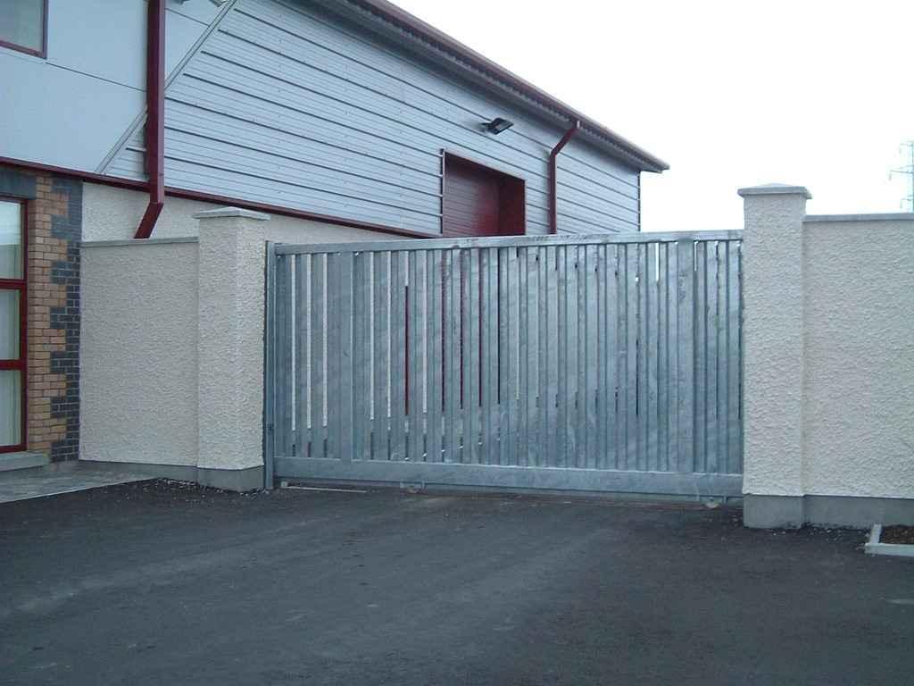 откатные ворота рельсового типа