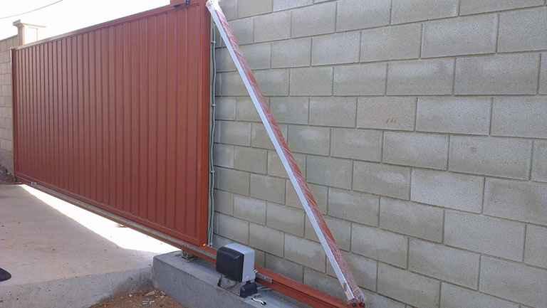 Ворота откатные с электроприводом