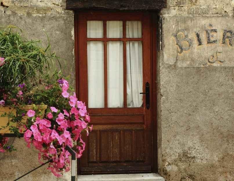 Изготовление стеклянных дверей из дерева своими руками