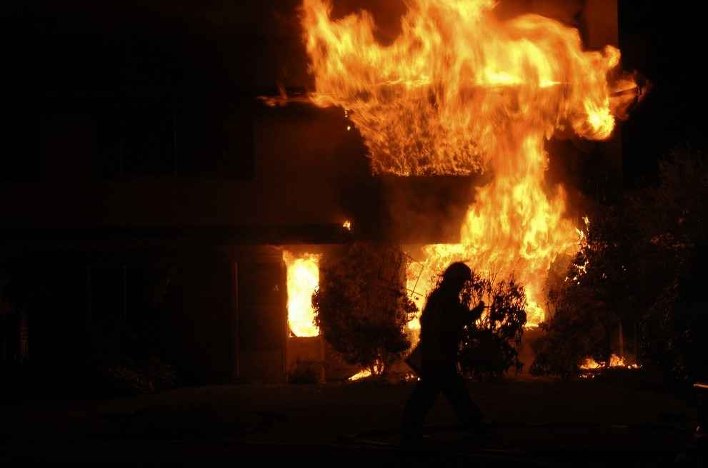 Противопожарная дверь – гарантия безопасности