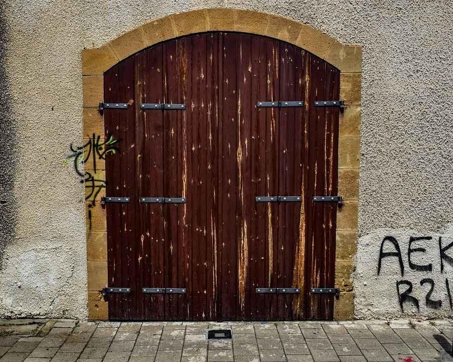 Еще одни хорошие ворота под старину