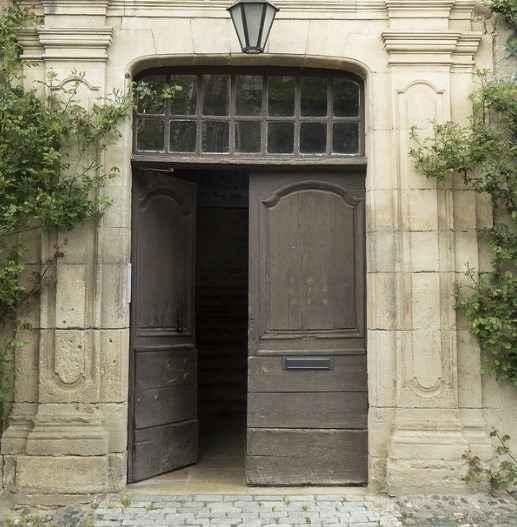 Двери в Твери