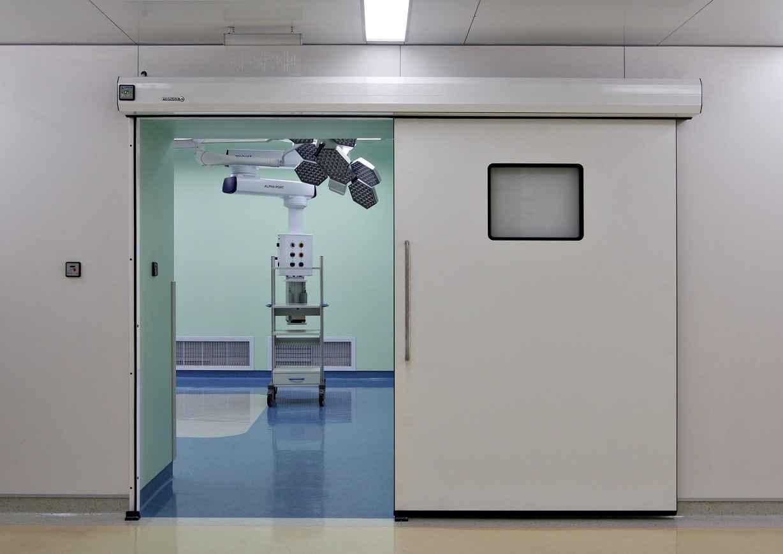 Медицинские дверные конструкции