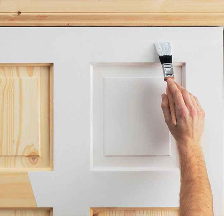 Как обновить старые деревянные двери