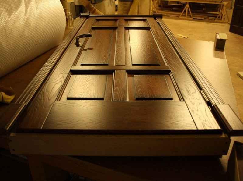 Как провести реставрацию деревянных дверей самостоятельно