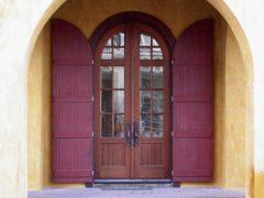Обзор дверей из массива сосны