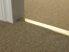 Дверные межкомнатные пороги: современные изделия по назначению