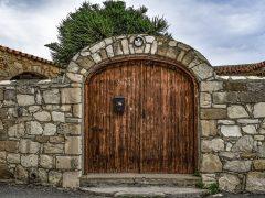 Что нужно знать о деревянных воротах