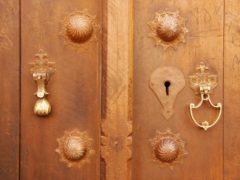 Межкомнатные двери из Ижевска: выбор среди разных компаний