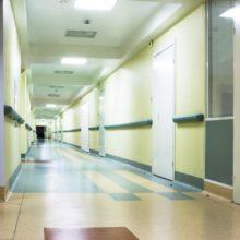 Какие требования выдвигаются к медицинским дверям