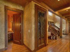 Фотообзор видов раздвижных межкомнатных дверей в дизайне интерьера