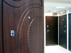 Металлические дверные конструкции Эльбор – эстетика, комфорт и безопасность