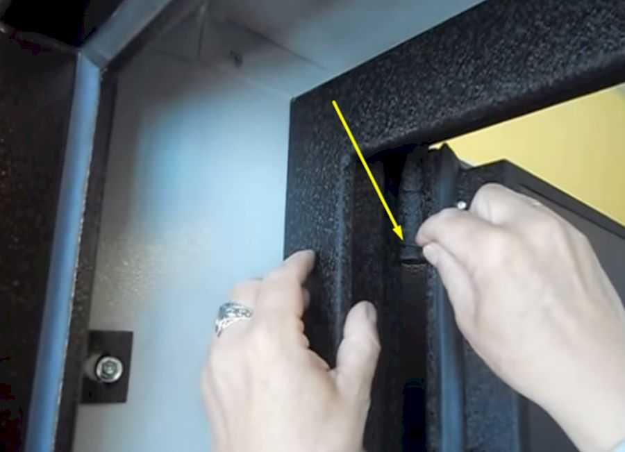 как отрегулировать железную дверь