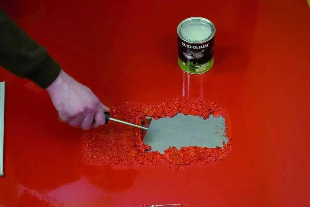 как снять старую краску с двери