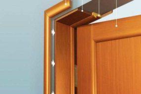 Установить межкомнатные двери: заказать или сделать самому?