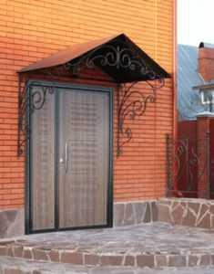 Декоративные панели для дверей - надежная защита и стиль