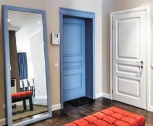 межкомнатные цветные двери