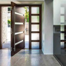 Входные металлические и межкомнатные стеклянные двери — на что обратить внимание